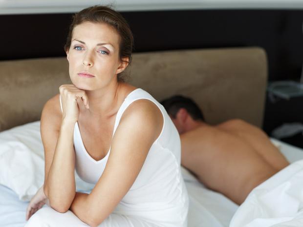 Фото №1 - Игра в имитацию: вредно ли симулировать оргазм
