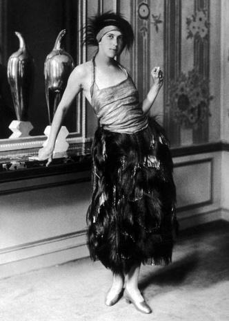 Фото №10 - Король стиля: как Поль Пуаре придумал «хромые юбки», освободил женщин от корсетов и заново изобрел моду