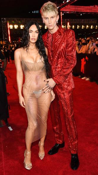 Фото №12 - Премия MTV VMA 2021: лучшие, худшие и самые яркие образы церемонии