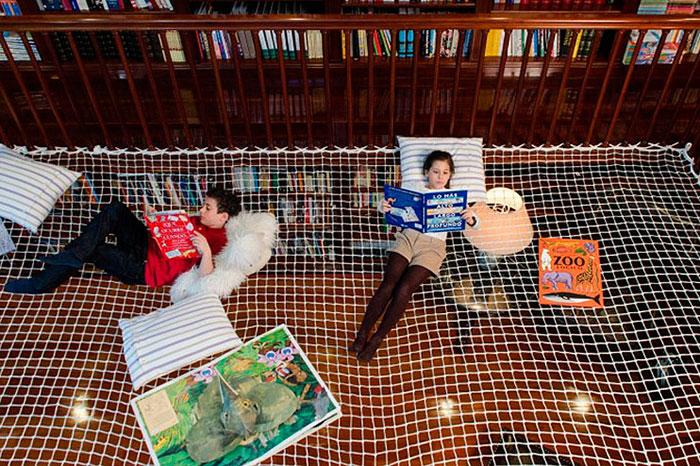 Фото №2 - Журнал «Счастливые родители» приглашает на выставку «Алиса в Стране Чудес»