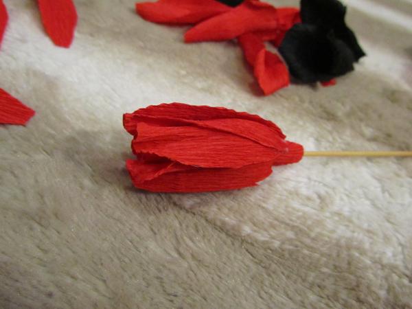 Фото №10 - Сделай сам: брошь-роза как у Сальмы Хайек
