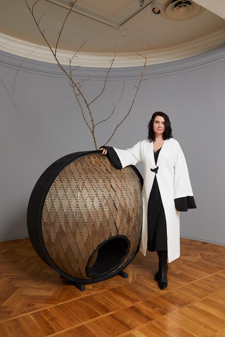 Фото №1 - В Москве открывается выставка «Трын*Трава. Современный русский стиль»