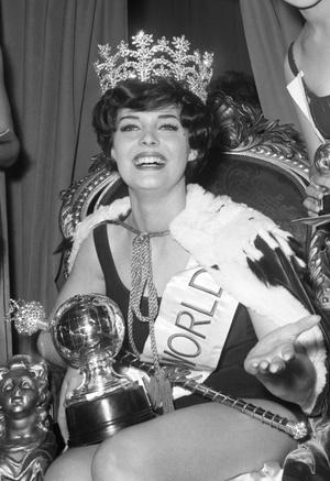 Фото №1 - Самые яркие победительницы «Мисс мира» за всю историю конкурса