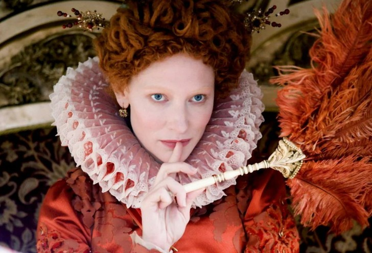 Кейт Бланшетт сыграла королеву Елизавету в двух фильмах / Фото:    кадр из фильма «Елизавета»