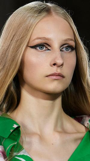 Фото №12 - Главные тренды макияжа весны и лета 2021