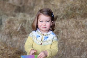 Фото №3 - Принцесса Шарлотта растет копией прабабушки: 4 доказательства