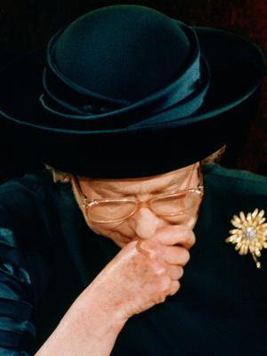 Фото №3 - Королевская траурная традиция, которую нарушила Елизавета