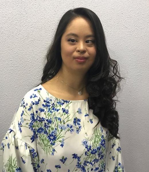 Фото №2 - «Особенная» дочь Хакамады выпустила коллекцию одежды