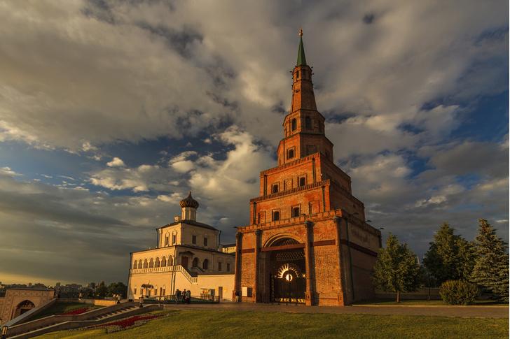 Фото №1 - Есть ли в России падающая башня?