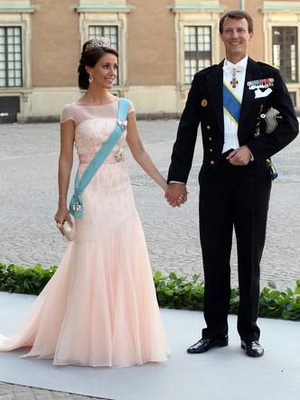 Фото №2 - Как королевские семьи Европы отреагировали на интервью Гарри и Меган (и чего боится датская монархия)
