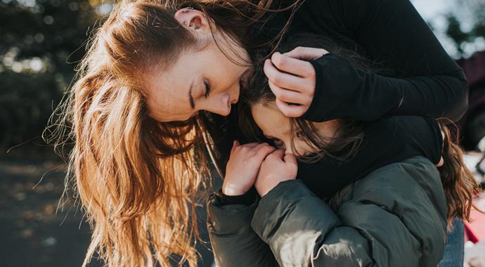 «Тихо сам с собою»: как родители могут помочь замкнутому ребенку