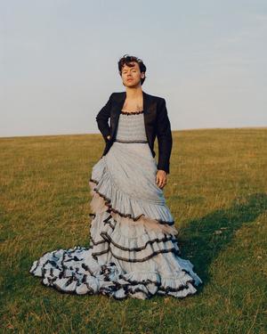 Фото №5 - Топ-5 лучших луков парней-знаменитостей в юбках и платьях