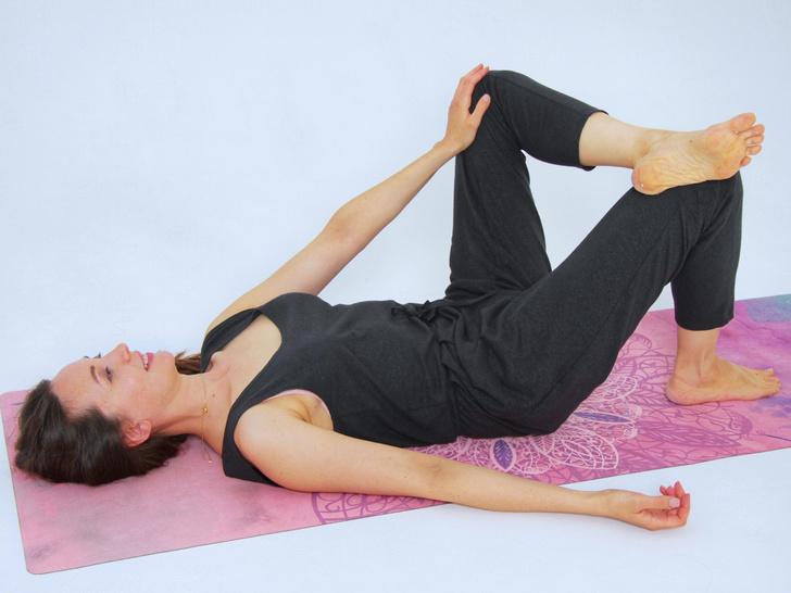 Фото №4 - 4 способа наладить гормональный баланс с помощью йоги