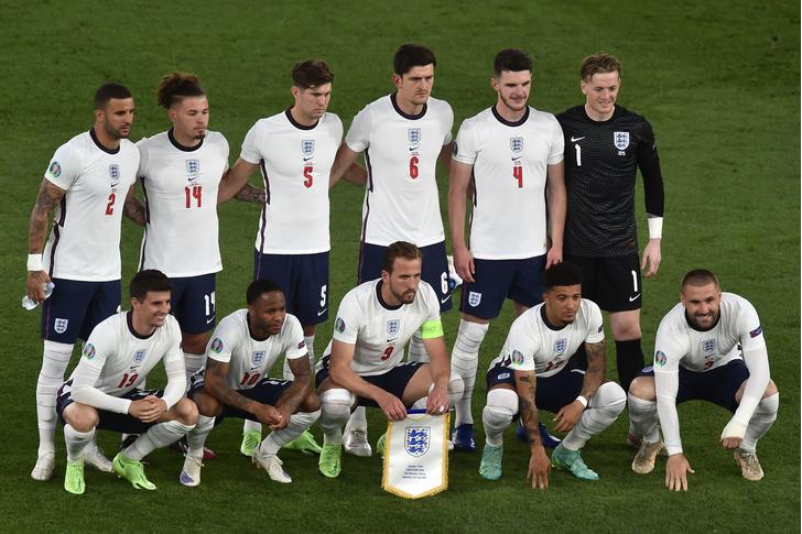 Фото №1 - Почему в Великобритании не существует объединенной сборной по футболу?