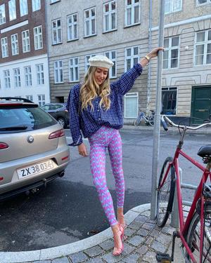Фото №2 - Королевы хюгге: 10 скандинавских модниц, за которыми следит весь мир