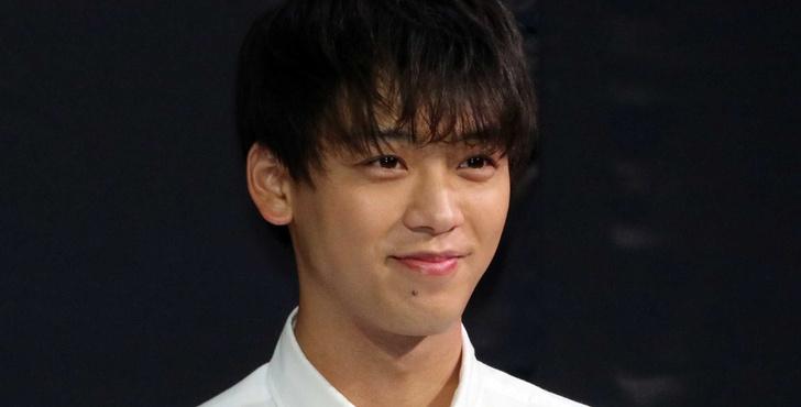 Фото №8 - Самые красивые японские актеры, которые точно покорят твое сердечко 💘