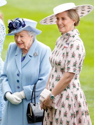 Фото №4 - Особый титул: чем графиня отличается от герцогини (и действительно ли быть графиней менее престижно)
