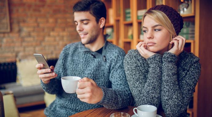 Недавно в разводе: 4 причины, по которым мы привлекаем не тех мужчин