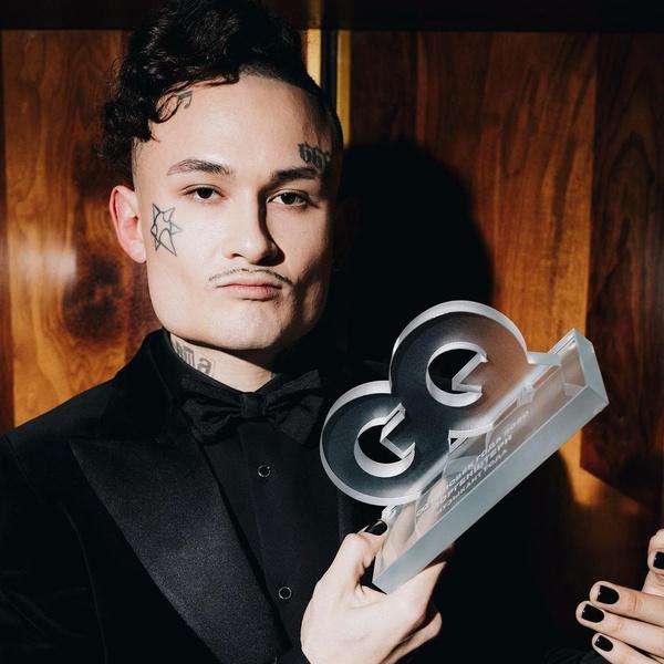 Фото №1 - В своем репертуаре: Моргенштерн выбросил статуэтку «Музыкант года» GQ