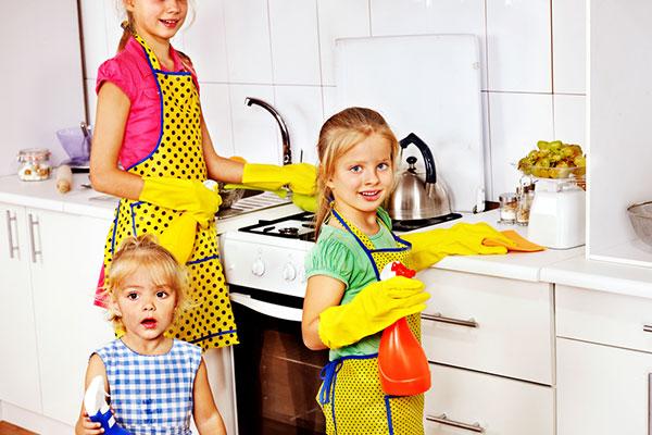 Фото №4 - Все в порядке: как приучить ребенка убирать за собой