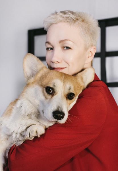 Фото №3 - Дарья Мороз, Лукерья Ильяшенко и другие звездные владельцы собак и кошек рассказали, как вопрос ветеринару может помочь приютам