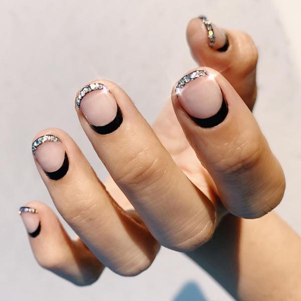 Фото №4 - Маникюр для коротких ногтей: 15 модных идей