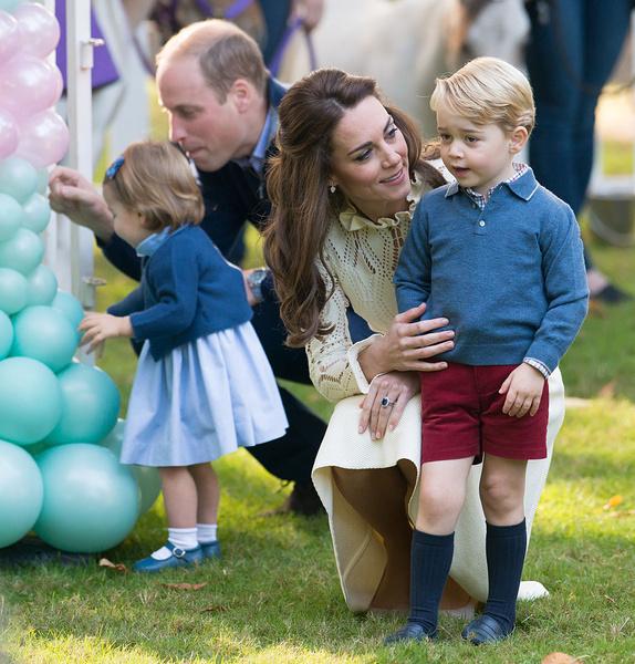 Фото №3 - Грозит пальцем и не ругает за истерики: как Кейт Миддлтон воспитывает детей идеальными
