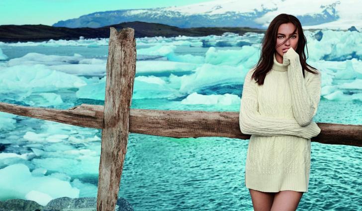 Фото №1 - Лед и пламень: Ирина Шейк позирует на фоне ледников Исландии в рекламной кампании Falconeri