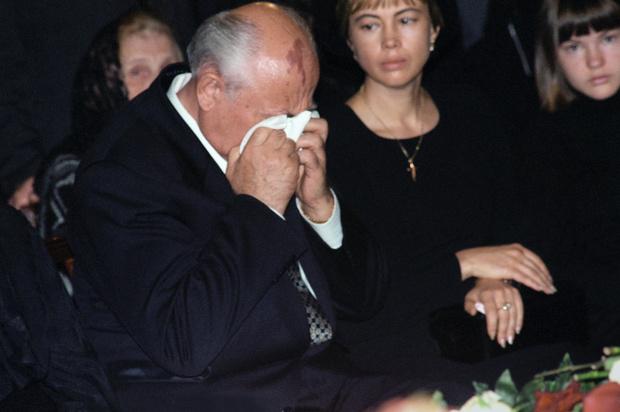Фото №27 - Женщина с огромным сердцем и нелегкой судьбой: все о Раисе Горбачевой — единственной официальной первой леди СССР