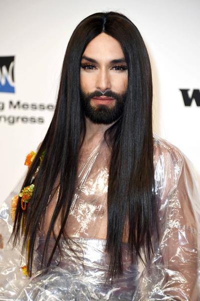 Фото №2 - Лысая и бородатая: новый образ Кончиты Вурст