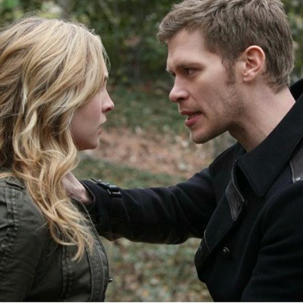 Фото №1 - I'm a bad guy, duh: 8 лучших сериалов, где плохой парень влюбляется в хорошую девочку