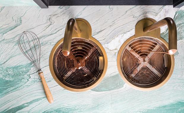 Фото №13 - Шоколадная фабрика: кондитерская Compartes по дизайну Келли Уэстлер