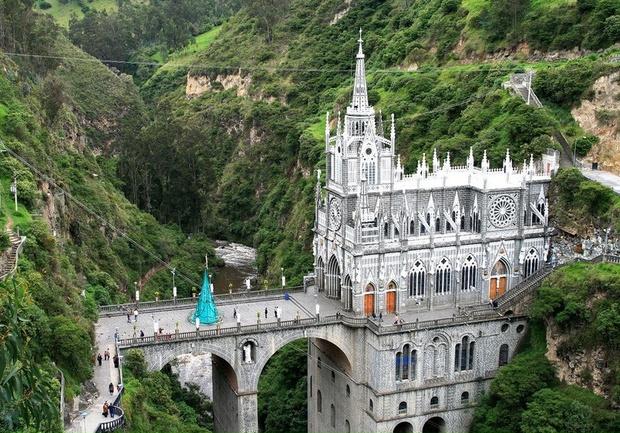 Фото №4 - Самые удивительные церкви мира: топ-6