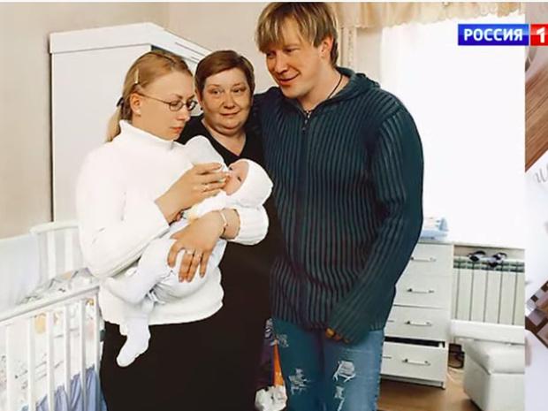 Фото №2 - Алексей Кравченко рассказал, как оставил жену с двумя маленькими детьми