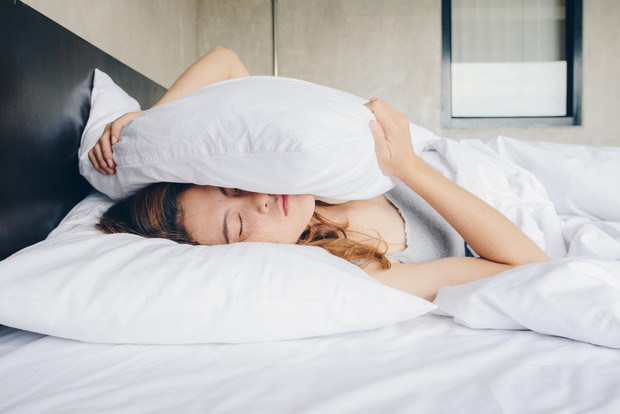Почему нельзя вставать ночью в туалет если проснулся среди ночи