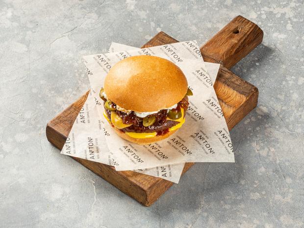 Фото №2 - Пальчики оближешь: 4 лучших рецепта домашних бургеров