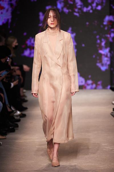 Mercedes-Benz Fashion Week Russia: Неделя моды в Москве, фото, голые платья