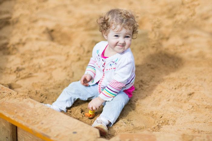 Фото №1 - Игры в песочнице: как сделать их полезными для ребенка