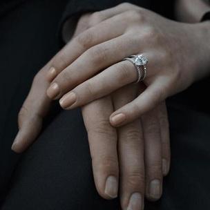 Фото №7 - Тест: Выбери кольцо, а мы скажем, когда ты выйдешь замуж