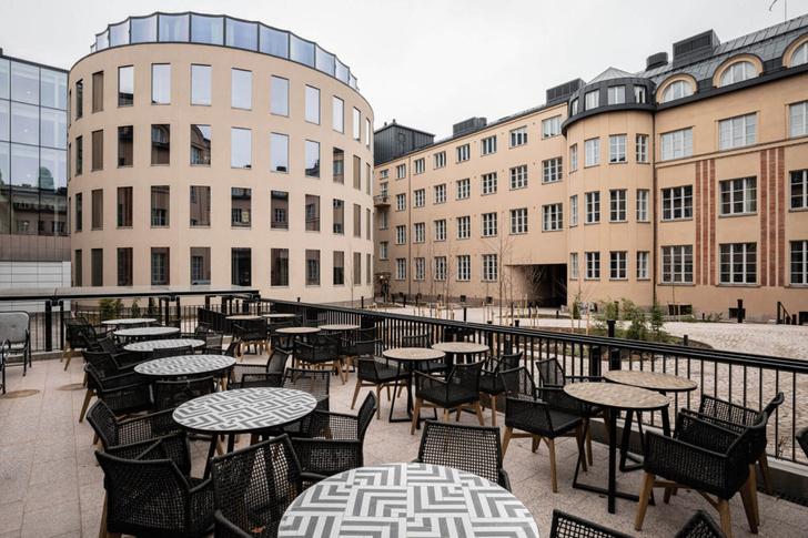 Фото №2 - В здании железнодорожного вокзала Хельсинки открывается отель