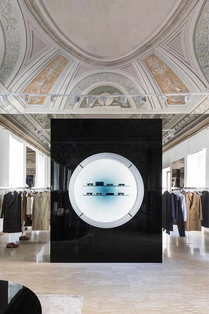 Фото №3 - Бутик Salle Privée в Милане по дизайну Сабин Марселис