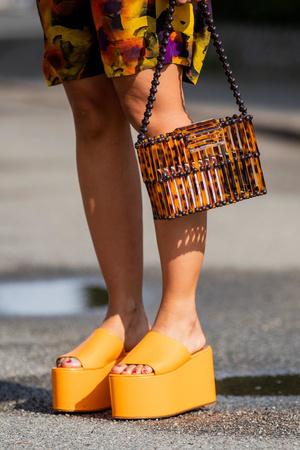 Фото №19 - Модный гороскоп: выбираем идеальную обувь по знаку Зодиака