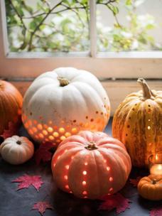 Фото №3 - Тест: Выбери тыкву, и мы опишем твою осень тремя эмодзи