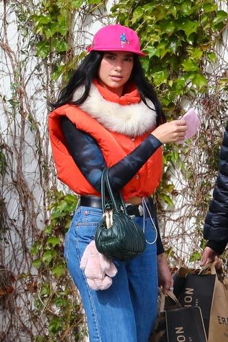 Фото №2 - Сочетать несочетаемое: модный прием, в котором Дуа Липе нет равных
