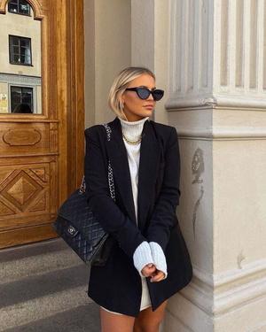 Фото №3 - Платье-свитер: какое купить и с чем носить в 2021