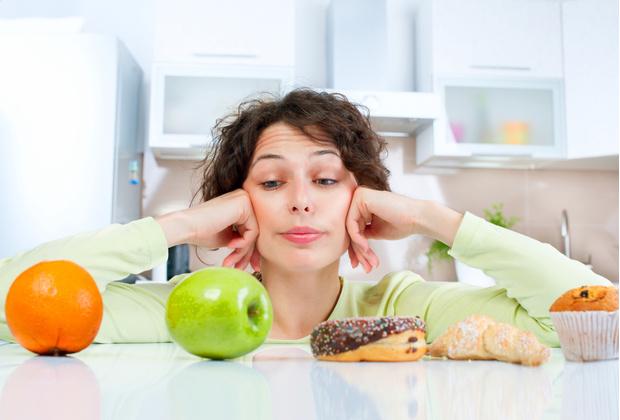 Фото №1 - Послабления во время диеты помогают быстрее сбросить вес