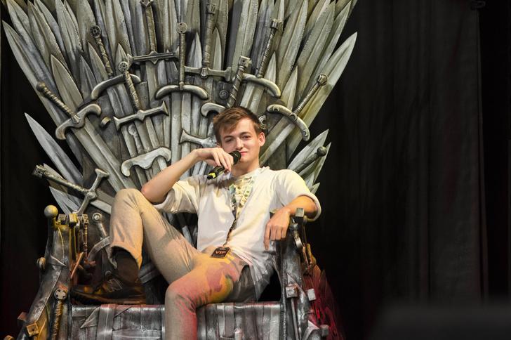 Игра престолов смотреть сезон персонажи смерть джоффри