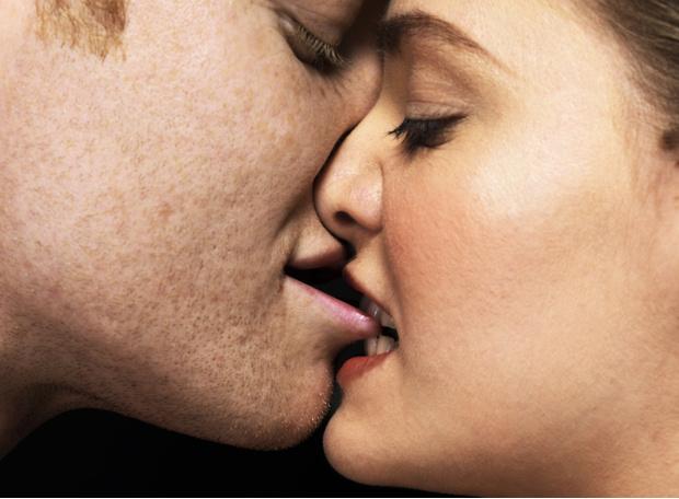 Фото №3 - Редко, но метко: как поддерживать сексуальную жизнь при низком либидо