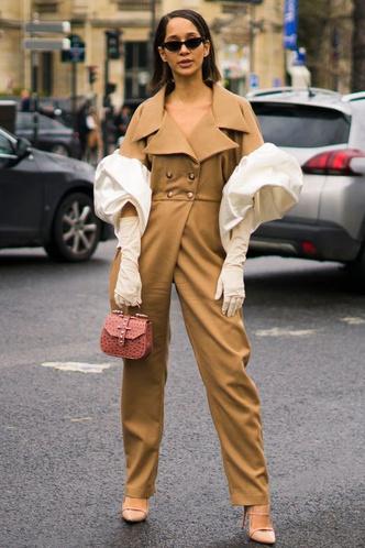 Фото №11 - Свитер и джинсы— это скучно. Лови 40 модных идей, что носить осенью 2021 😎