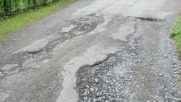 Фото №1 - Кабмин выделил 93,1 миллиарда на реконструкцию и строительство дорог